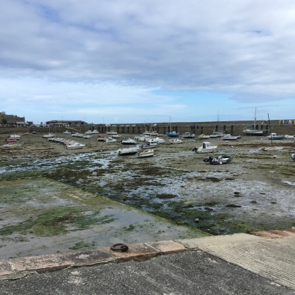 Hafen Roscoff Bretagne Ebbe