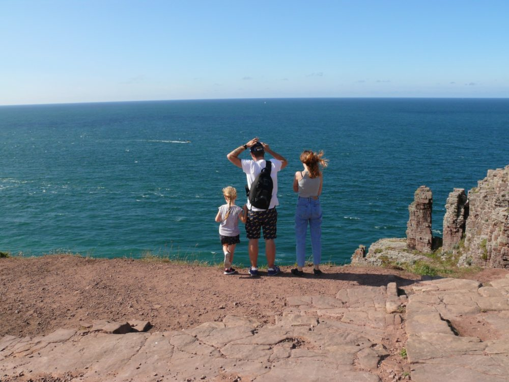 Cap Frehel Entspannung aufs Meer schauen