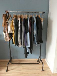 caspusle wardrobe minimalismus kleiderschrank 1