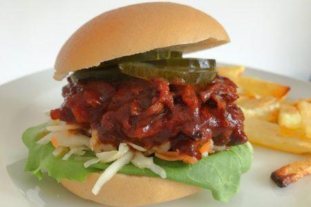vegane Pulled Mushroom Burger